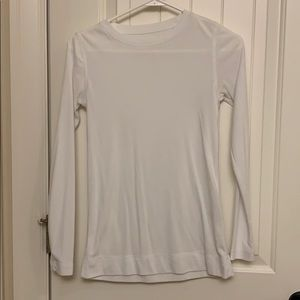 Vera Wang White Long Sleeve Top